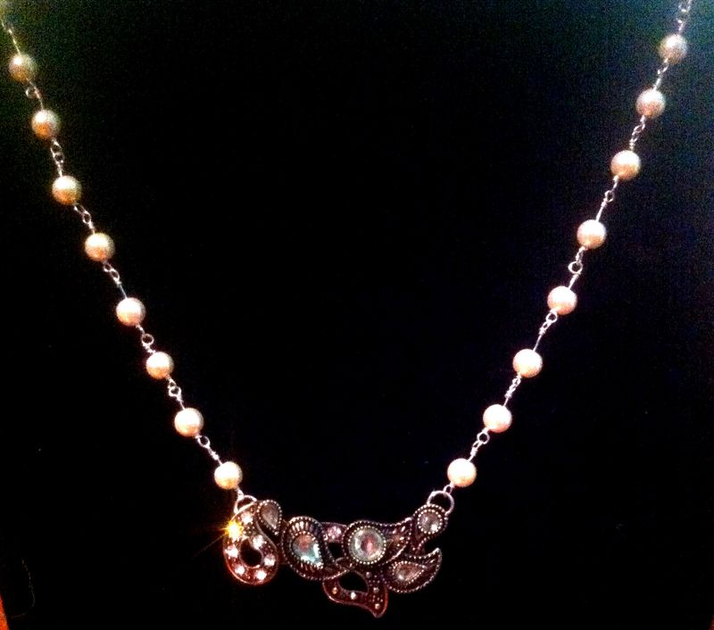 Pearl & Paisley Necklace